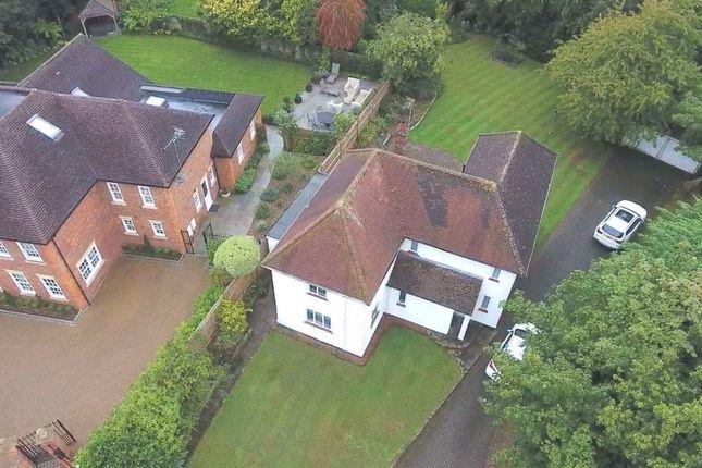 Thumbnail Detached house to rent in Gills Hill Lane, Radlett