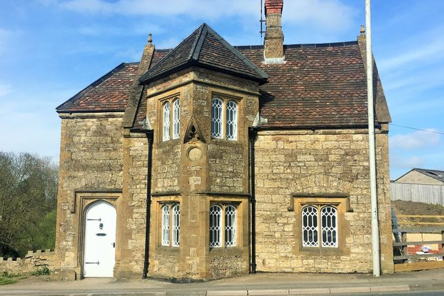 Thumbnail Detached house to rent in Sherborne Road, Yeovil
