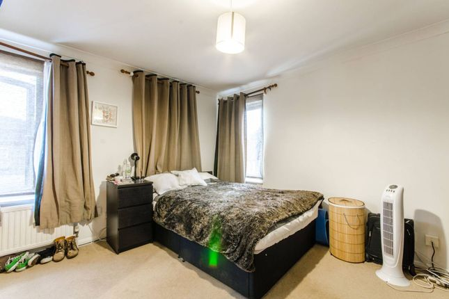 Thumbnail Flat for sale in Warberry Road, Wood Green