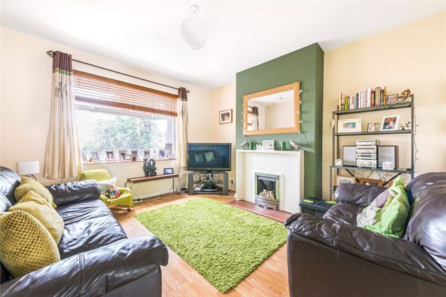 Picture No. 08 of Perth Close, Raynes Park, London SW20