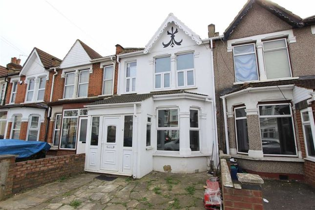Thumbnail Terraced house for sale in Kingston Road, Ilford, Essex