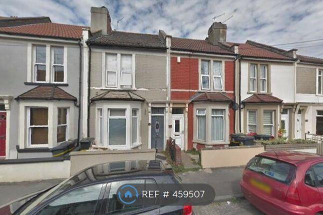 Thumbnail Flat to rent in Chessel Street, Bristol