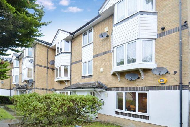 Thumbnail Flat to rent in Sheppard Drive, London