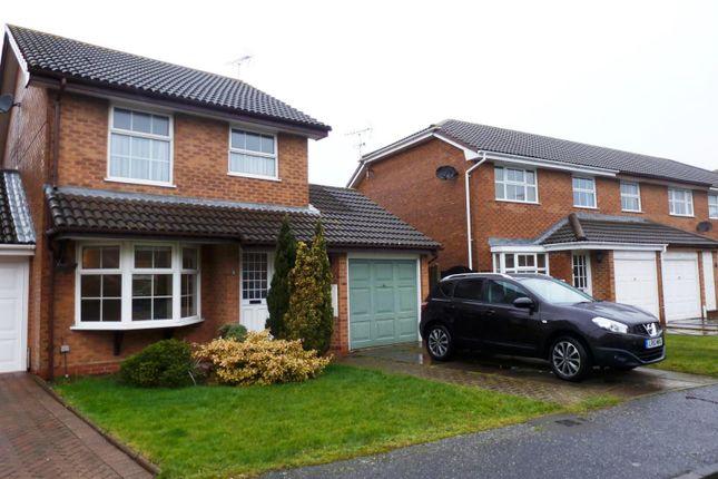 Thumbnail Property to rent in Falcon Gardens, Wick, Littlehampton
