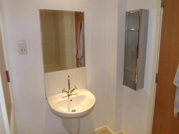Bathroom of Conway Street, Liverpool, Merseyside L5