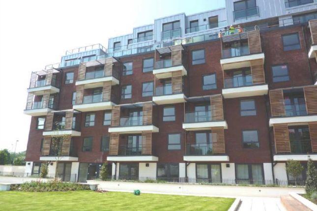 Thumbnail Flat to rent in Green Lane, Edgware