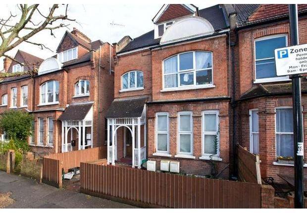 Thumbnail Room to rent in Esmond Road, Kilburn, London