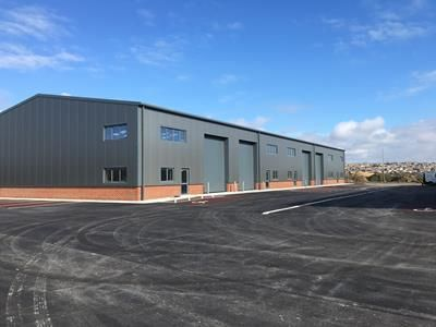 Light industrial to let in Eastside Business Park, Beach Road, Newhaven, East Sussex