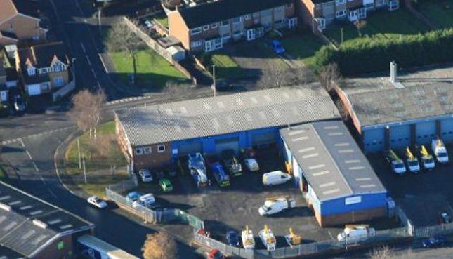 Industrial to let in Unit 1 Pearsall Drive, Oldbury