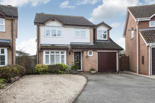 Thumbnail Detached house for sale in Goodwood Close, Stratford Upon Avon, Warwickshire