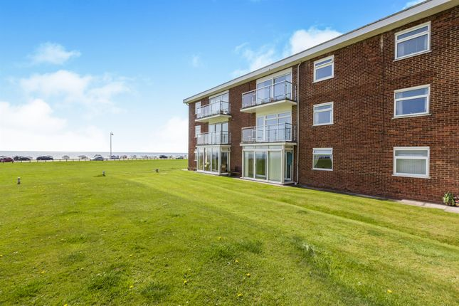 2 bed flat for sale in Sutton Place, Bexhill-On-Sea