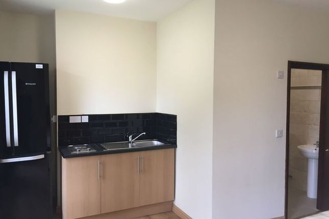 Thumbnail Studio to rent in Prince Street, Madeley, Telford
