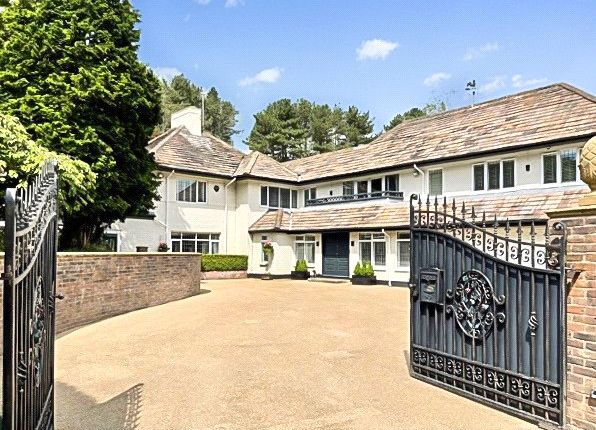 Thumbnail Detached house for sale in Heybridge Lane, Prestbury, Macclesfield, Cheshire