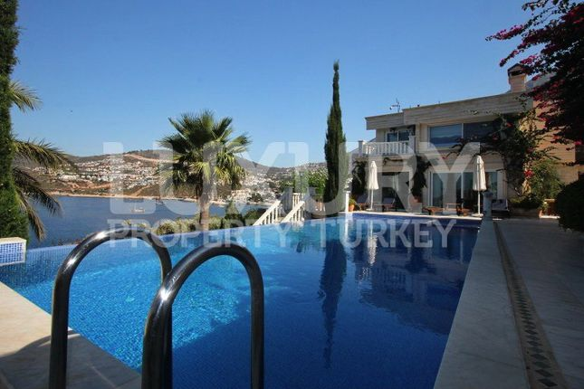 Thumbnail Villa for sale in Komurluk, Kalkan, Turkey