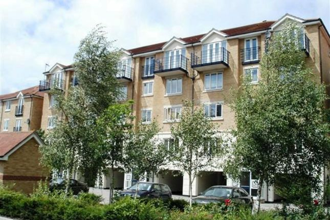 Thumbnail Flat to rent in 2 Bed Flat, Horatio Place, Fennel Close, The Esplanade, Rochester