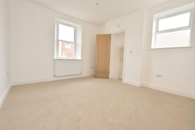 Property Image 6 of Tower Road South, Warmley BS30