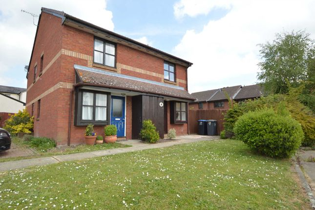 Thumbnail Property to rent in Tucker Road, Ottershaw, Chertsey