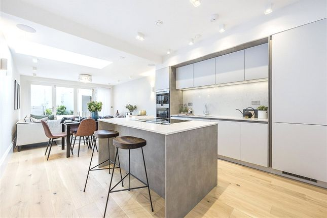 Thumbnail Flat for sale in Uxbridge Road, Ealing Common