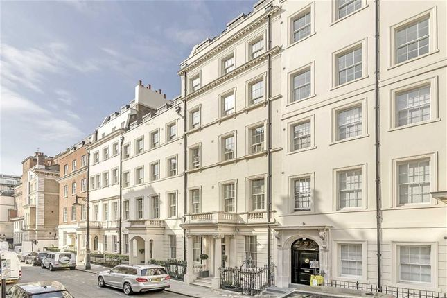 Thumbnail Flat for sale in Park Lane, London