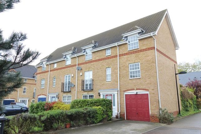 Thumbnail Town house for sale in Anvil Terrace, Dartford