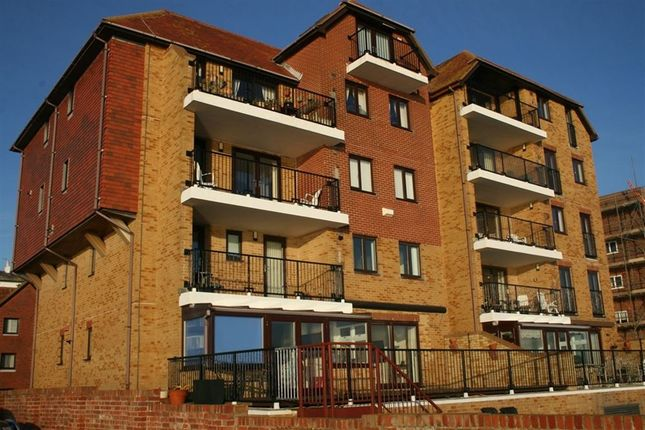 Thumbnail Flat to rent in The Riviera, Sandgate, Folkestone