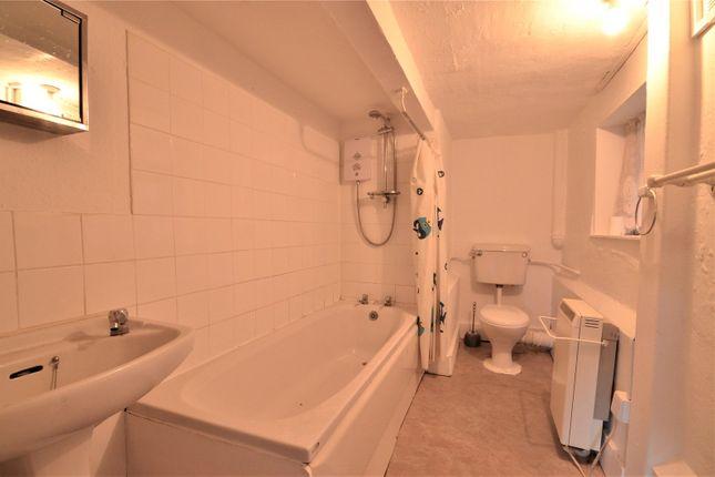 Bathroom of East Grinstead, West Sussex RH19