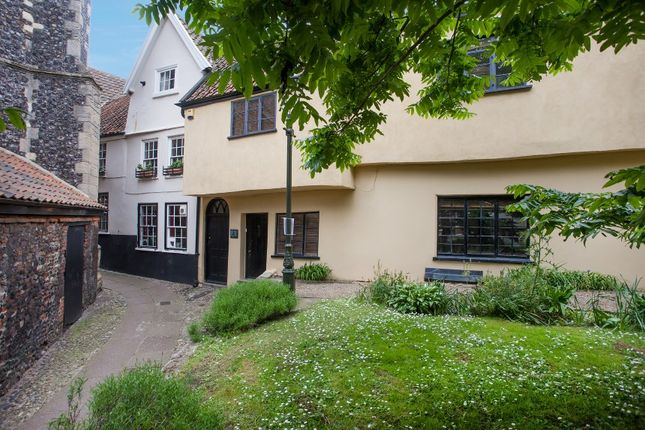 Thumbnail Town house for sale in Tombland Alley, Norwich, Norfolk