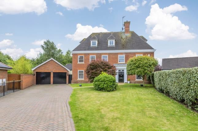 Thumbnail Detached house for sale in Edenbridge Close, Weston, Cheshire