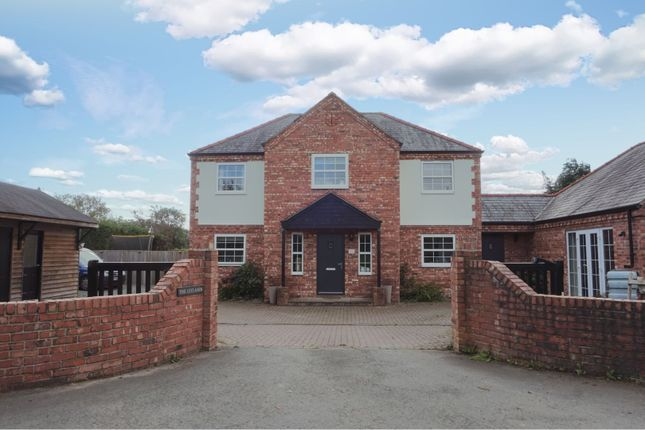 Thumbnail Detached house for sale in Rhos Common, Four Crosses, Llanymynech