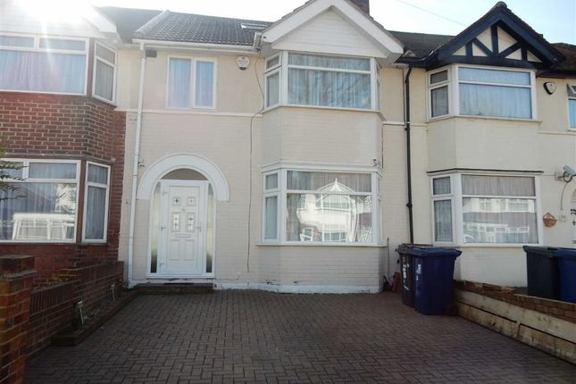 Thumbnail Terraced house for sale in Knowsley Avenue, Southall, Middlesex