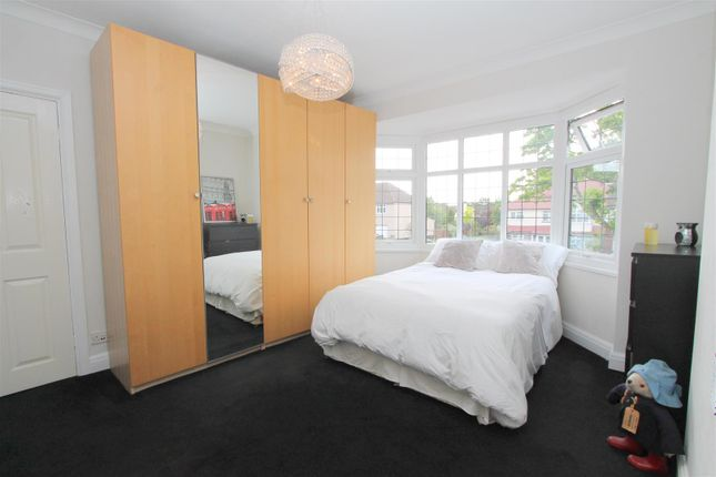 Bed 2 of Foresters Drive, Wallington SM6