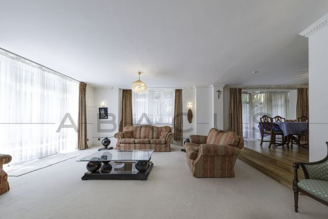 Thumbnail Flat for sale in 2, Bracknell Gardens, Hampstead