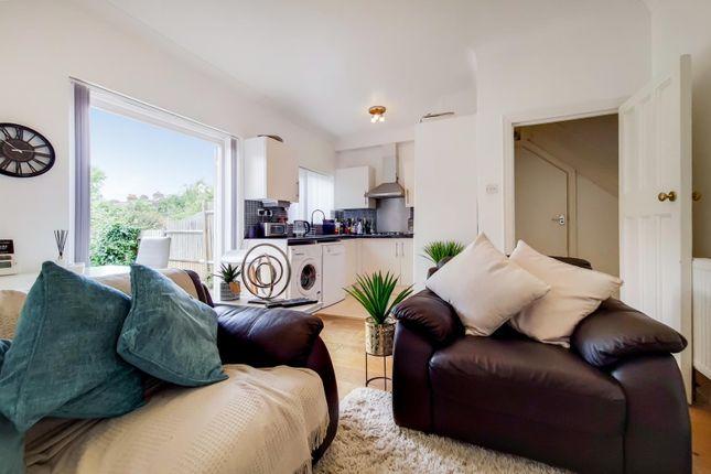 Room to rent in Penshurst Road, Thornton Heath