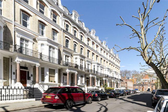 4 bed maisonette for sale in Vicarage Gate, London