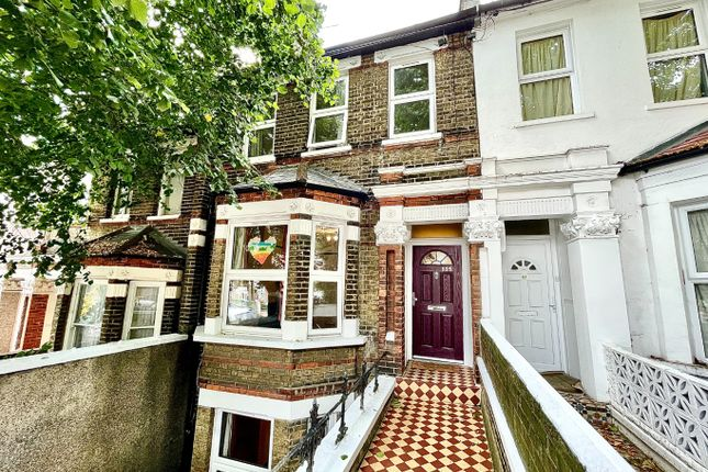 Thumbnail Terraced house to rent in Griffin Road, London, Greater London