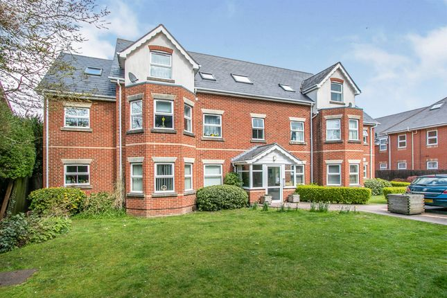 2 bed flat for sale in Alton Road, Bournemouth BH10