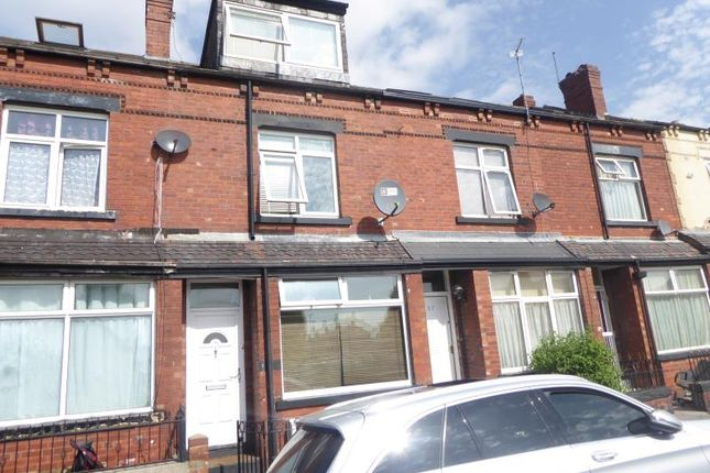 Thumbnail Flat for sale in Chatsworth Road, Harehills