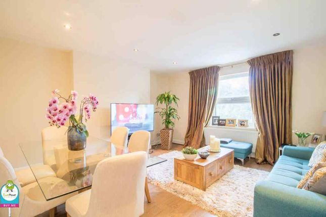 Thumbnail Flat for sale in Woodland Road, London