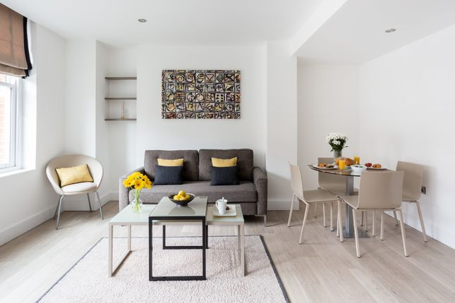 Flat to rent in Spa Green Estate, Rosebery Avenue, London