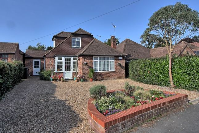 Thumbnail Detached house for sale in Deancroft Road, Chalfont St. Peter, Gerrards Cross