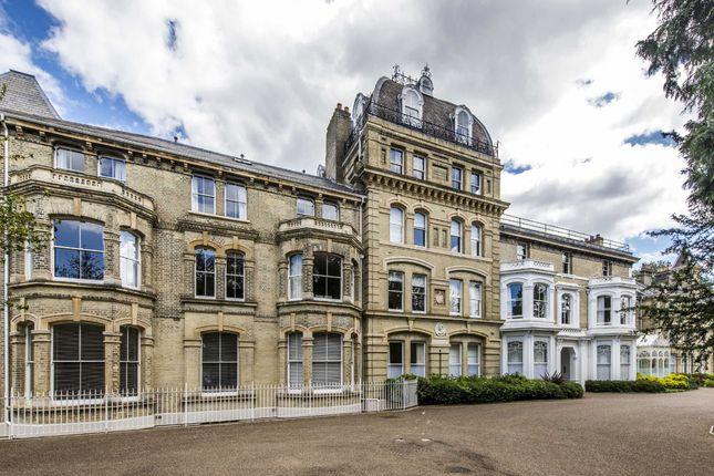 2 Bed Flat For Sale In Langdon Park Teddington
