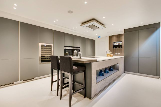 Thumbnail Property for sale in Colbeck Mews, South Kensington