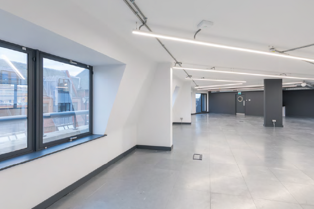 Thumbnail Office to let in Fulham Road, London