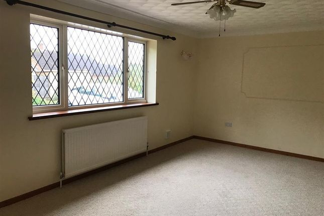 Thumbnail Bungalow to rent in Station Road, Wendling, Dereham