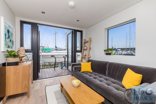 1 bed houseboat for sale in Eastern Concourse, Brighton Marina Village, Brighton BN2