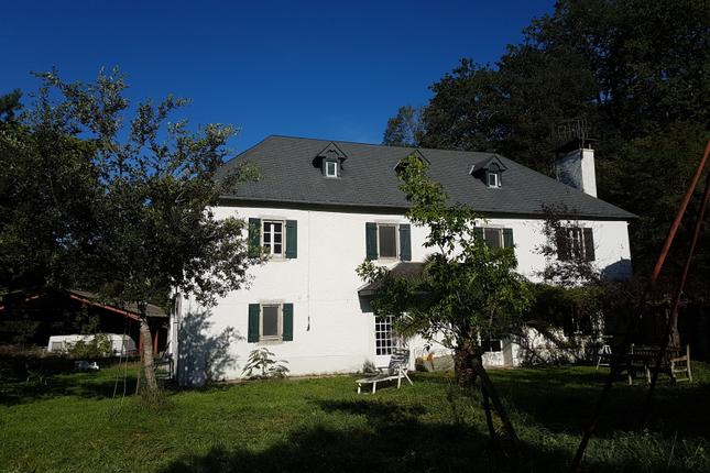 Thumbnail Cottage for sale in Esquiule, Pyrenees-Atlantiques, Nouvelle-Aquitaine, France