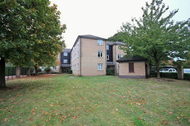 Thumbnail Flat for sale in Ranger Walk, Colchester, Essex