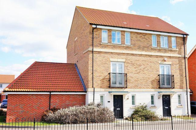 Thumbnail Semi-detached house for sale in Markhams Close, Basildon