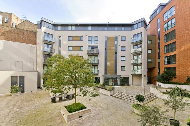 2 bed flat to rent in 9A Clerkenwell Road, Barbican