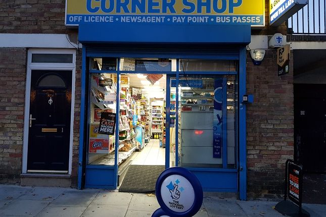 Thumbnail Retail premises for sale in Surr Street, Holloway